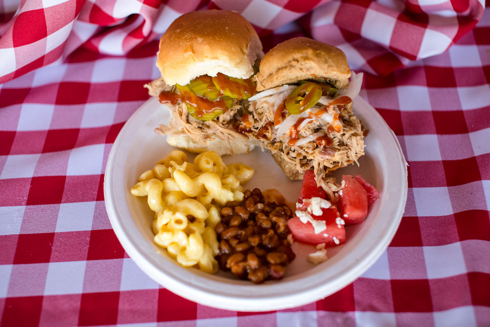 bbq-meal-this-little-piggy-catering-food